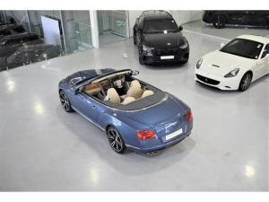 Bentley Continental GTC - Image 19