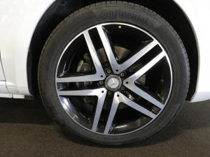Mercedes-Benz V-Class V250 BlueTec Avantgarde - Image 6