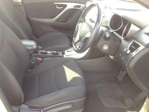 Hyundai Elantra 1.8 GLS auto - Image 9