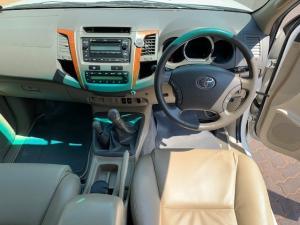 Toyota Fortuner 3.0D-4D 4x4 - Image 9