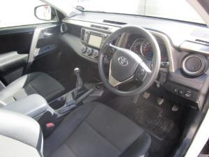 Toyota RAV4 2.2D-4D GX - Image 13