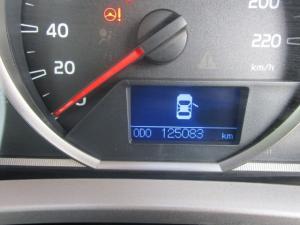 Toyota RAV4 2.2D-4D GX - Image 17