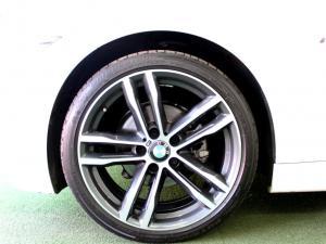 BMW 320i Edition M Sport Shadow automatic - Image 12