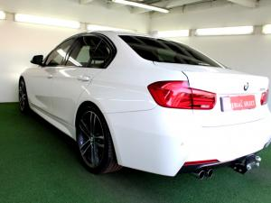 BMW 320i Edition M Sport Shadow automatic - Image 29