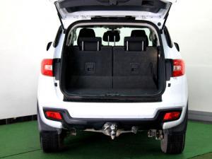 Ford Everest 2.2 TdciXLS - Image 11