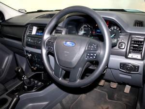 Ford Everest 2.2 TdciXLS - Image 18