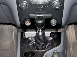 Ford Everest 2.2 TdciXLS - Image 27