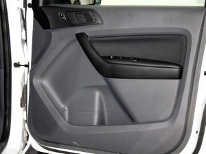 Ford Everest 2.2 TdciXLS - Image 29