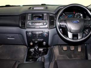 Ford Everest 2.2 TdciXLS - Image 5