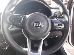 Kia RIO 1.4 5-Door automatic - Image 7