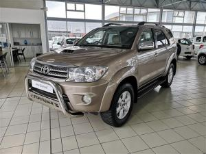 Toyota Fortuner 3.0D-4D Raised Body - Image 1
