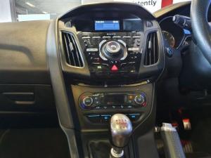 Ford Focus 2.0 Ecoboost ST3 - Image 4