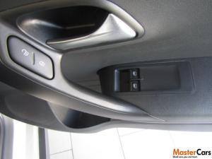Volkswagen Polo Vivo 1.6 Maxx - Image 6