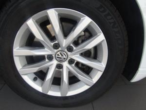 Volkswagen Passat 1.4 TSI Luxury DSG - Image 6