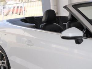 Audi A3 2.0T FSI Stronic Cabriolet T - Image 2