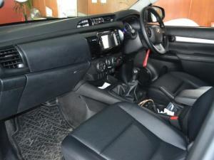 Toyota Hilux 2.4 GD-6 SR 4X4D/C - Image 5