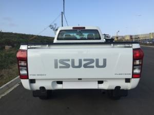 Isuzu KB 250 Fleetside - Image 5