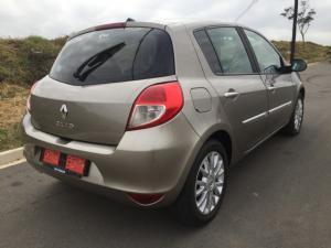 Renault Clio 1.6 S - Image 4