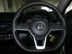 Nissan X-Trail 2.5 4x4 Acenta+ - Image 11