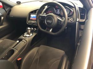 Audi R8 4.2 FSi Quattro S Tronic - Image 7