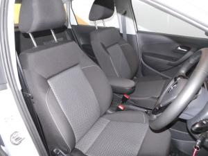 Volkswagen Polo Vivo 1.6 Highline - Image 15