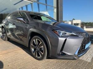 Lexus UX 200 EX - Image 16