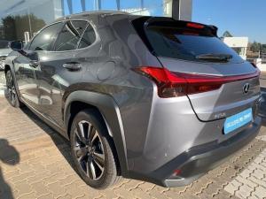 Lexus UX 200 EX - Image 39