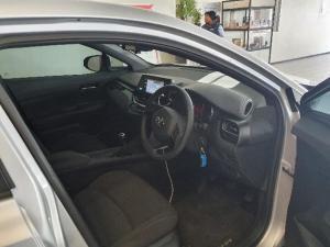 Toyota C-HR 1.2T - Image 4