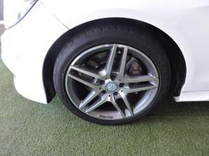 Mercedes-Benz E 350 Bluetec Avantgarde - Image 4