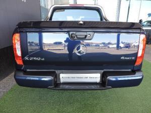 Mercedes-Benz X250d 4X4 Progressive automatic - Image 11