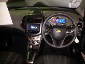 Chevrolet Sonic sedan 1.6 LS auto - Image 7