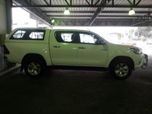 Toyota Hilux 2.8GD-6 double cab Raider auto - Image 3