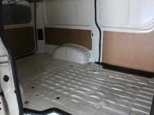 Toyota Quantum 2.8 LWB panel van - Image 11