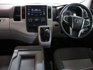 Toyota Quantum 2.8 LWB panel van - Image 8