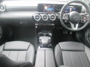 Mercedes-Benz A 200 automatic - Image 2