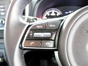 Kia Sportage 2.0 Crdi Ignite + automatic - Image 18