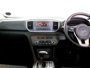 Kia Sportage 2.0 Crdi Ignite + automatic - Image 6