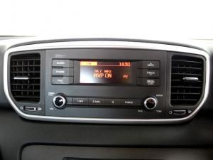 Kia Sportage 2.0 Crdi Ignite + automatic - Image 5
