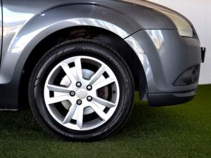 Ford Focus 2.0 Trend - Image 8