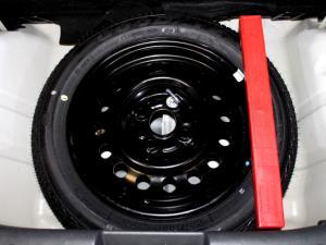 Suzuki Alto 1.0 GLX - Image 11
