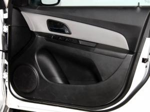 Chevrolet Cruze 1.6 L - Image 26