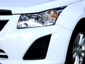 Chevrolet Cruze 1.6 L - Image 27