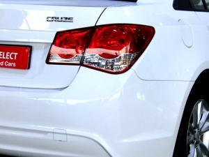 Chevrolet Cruze 1.6 L - Image 28
