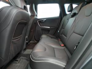 Volvo XC60 D5 AWD R-Design - Image 9