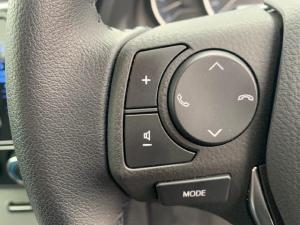 Toyota Corolla 1.4D Prestige - Image 21