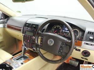 Volkswagen Touareg 5.0 V10 TDI TIP - Image 6
