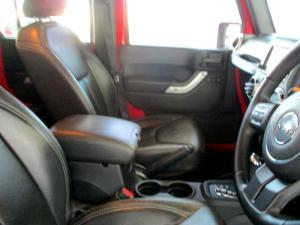 Jeep Wrangler 2.8 CRD Unltd Sahara automatic - Image 18
