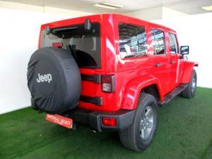 Jeep Wrangler 2.8 CRD Unltd Sahara automatic - Image 4