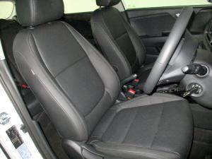Kia RIO 1.4 TEC automatic 5-Door - Image 13