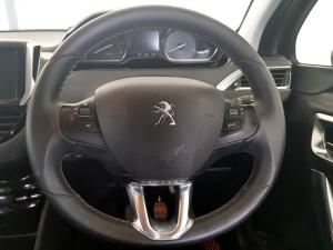 Peugeot 2008 1.6 HDi Allure - Image 18